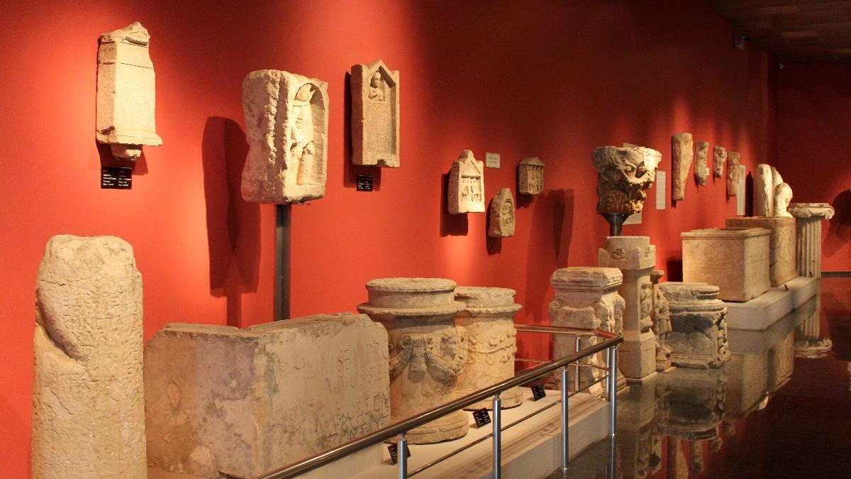 Arkeolojik eserlerin sadece yüzde 10'u müzelerde sergileniyor