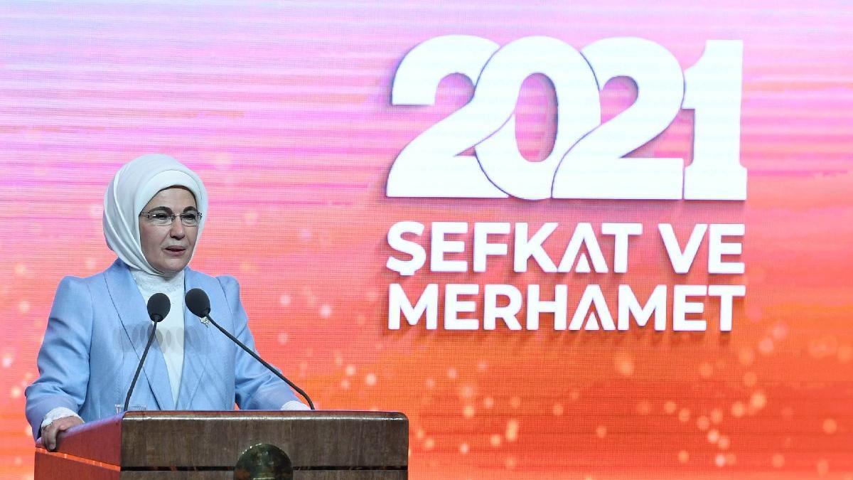 Emine Erdoğan: Manevi ilerleme sağlayamıyoruz
