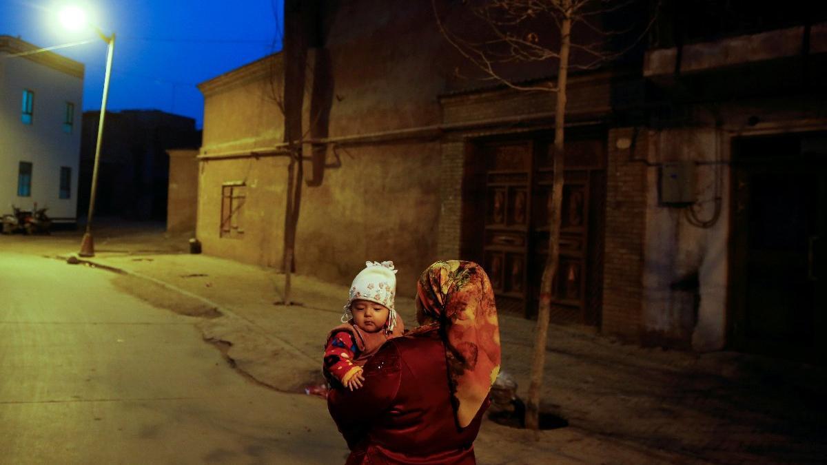 Çin'in korkunç planı: Uygur Türklerinin nüfusunu azaltacaklar