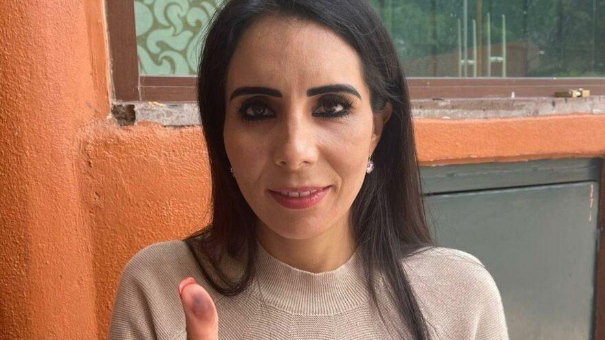 Meksika'da öldürülen annesi yerine seçime giren Alma Denisse Sanchez Barragan'dan zafer