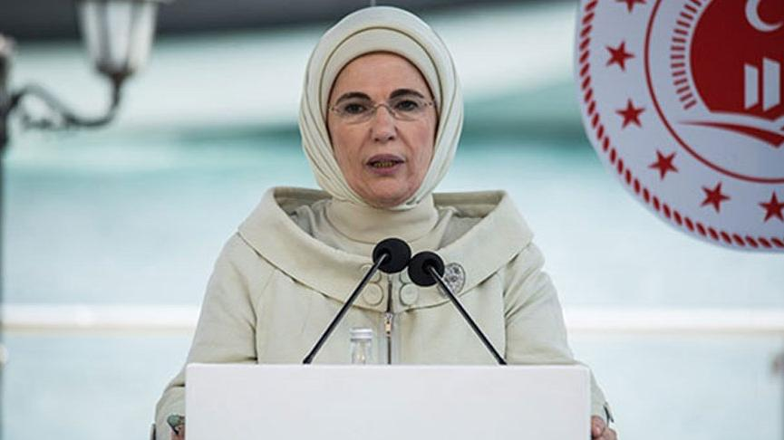 Emine Erdoğan: Müsilaj, tabiata hükmedemeyeceğimizi bir kez daha göstermiştir