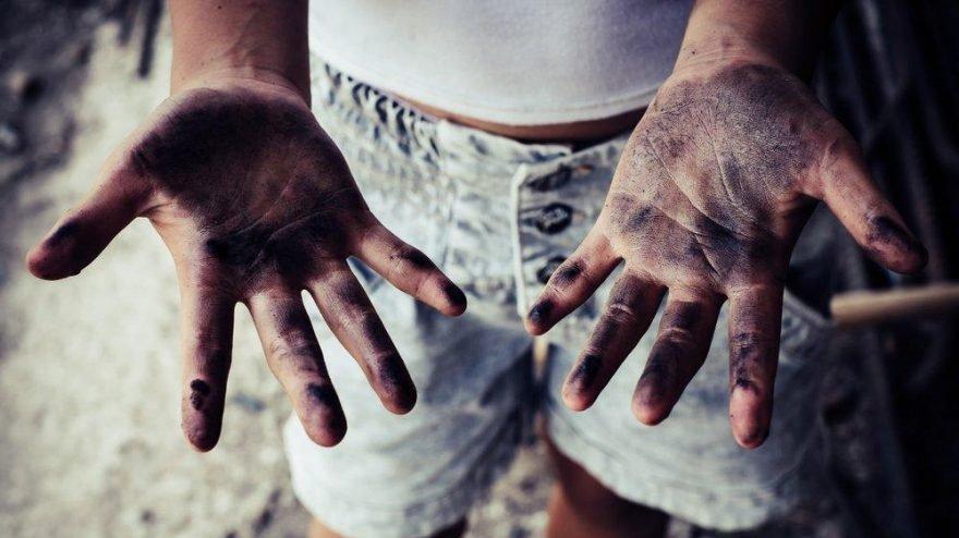 Pandemi milyonlarca çocuğu işçiliğe itti
