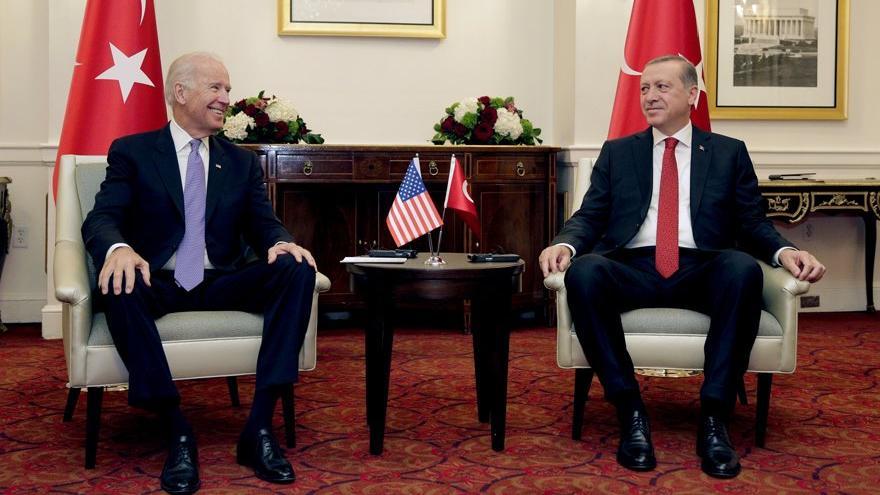 Reuters'a konuşan Cumhurbaşkanlığı yetkilisi: Biden-Erdoğan görüşmesi zorlu olacak