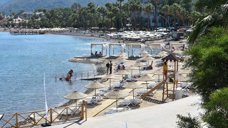 Marmaris'te tepki çeken plaj açıldı