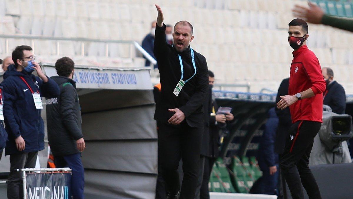 Bursaspor Teknik Direktörü Mustafa Er bir ilki yaşamaya hazırlanıyor
