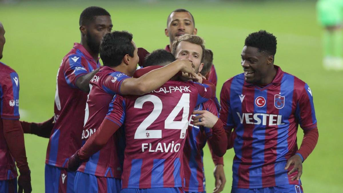 Trabzonspor, transferde yabancı kuralına takıldı