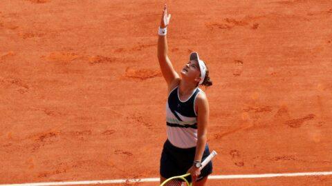 Fransa Açık tek kadınlarda zafer Barbora Krejcikova'nın! 40 yıl sonra bir ilk