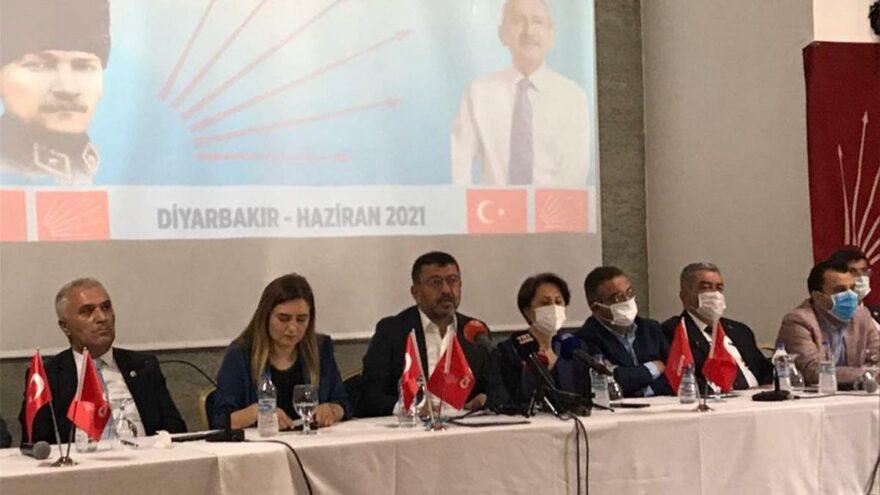 CHP'li Ağbaba: Cemil Çiçek keşke 'çantalar dolusu para alanları' Erdoğan'a, Soylu'ya veya Binali Yıldırım'a sorsa