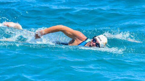 66 yaşında cumhuriyet için 2 yılda 2023 km yüzecek, 2123 km koşacak