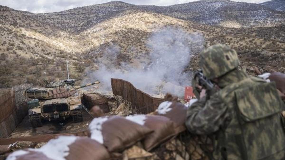 Mehmetçik, PKK/YPG hedeflerini vurdu