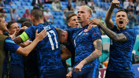 Slovakya, Polonya'ya şans tanımadı: 1-2   EURO 2020 E Grubu