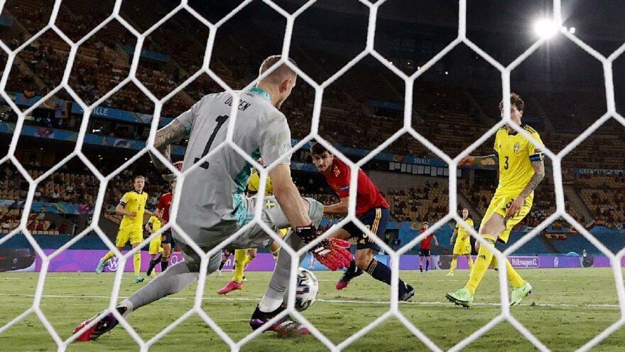 İspanya, İsveç'in Robin Olsen duvarını takıldı: 0-0 | EURO 2020 E Grubu