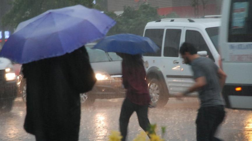 Sağanak yağış esir alacak... İstanbul'da 5 gün sürecek!