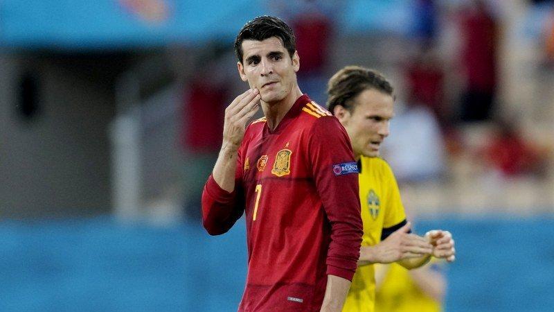 İspanya – İsveç maçına damga vuran pozisyon… Alvaro Morata kaçırdı
