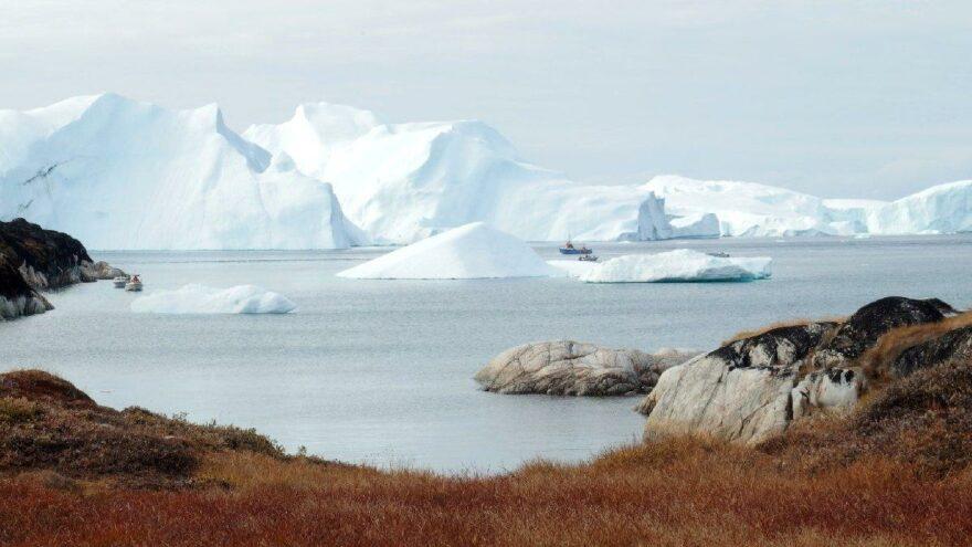Grönland'da 6 vaka çıktı uçuşlar durduruldu