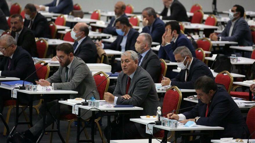 İBB Meclisi'nde 'küstah' gerginliği