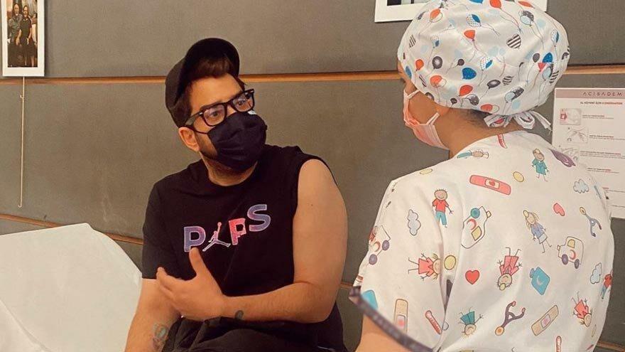 Enis Arıkan corona aşısı oldu