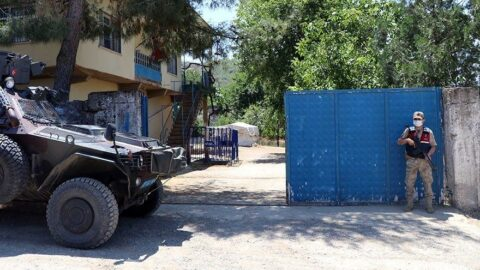 Kaçak kazıyla ortaya çıktı! Jandarma 24 saat kapıda nöbet tutuyor