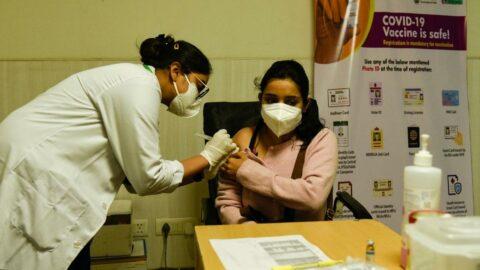 e Nabız ve MHRS ile aşı randevusu alma: 35 yaş üstü aşılama başlıyor