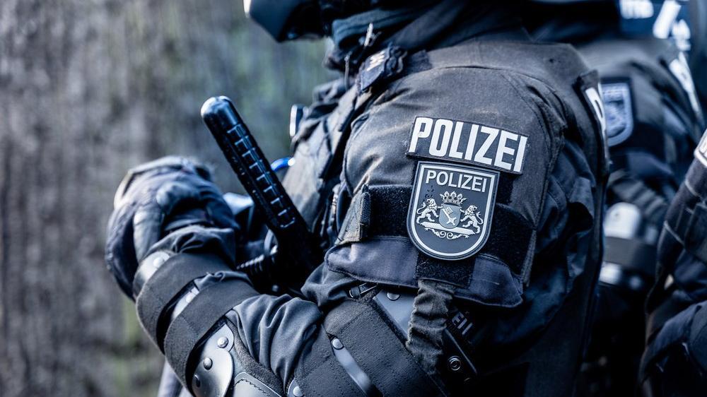 Almanya'da silahlı saldırı: Ölü ve yaralı var