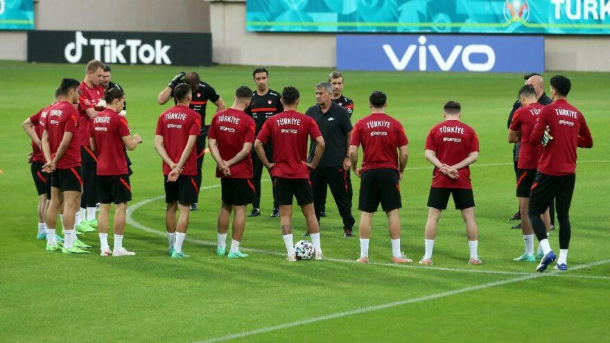 Milliler İsviçre maçı hazırlıklarına başladı
