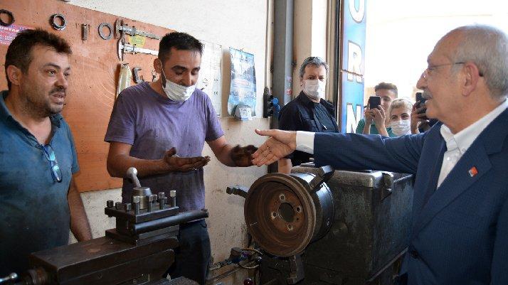 Kılıçdaroğlu'ndan oto tamir işçisine: Güveni sağlayan elinizdeki siyahlık