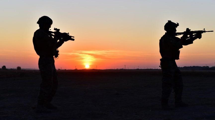 MSB: Suriye sınırında 1'i PKK'lı 4 kişi yakalandı