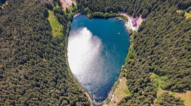 Doğanın kalbi Karagöl'de atıyor