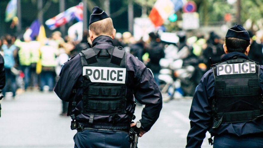 Fransa'da izinsiz parti ortalığı karıştırdı: Çok sayıda yaralı