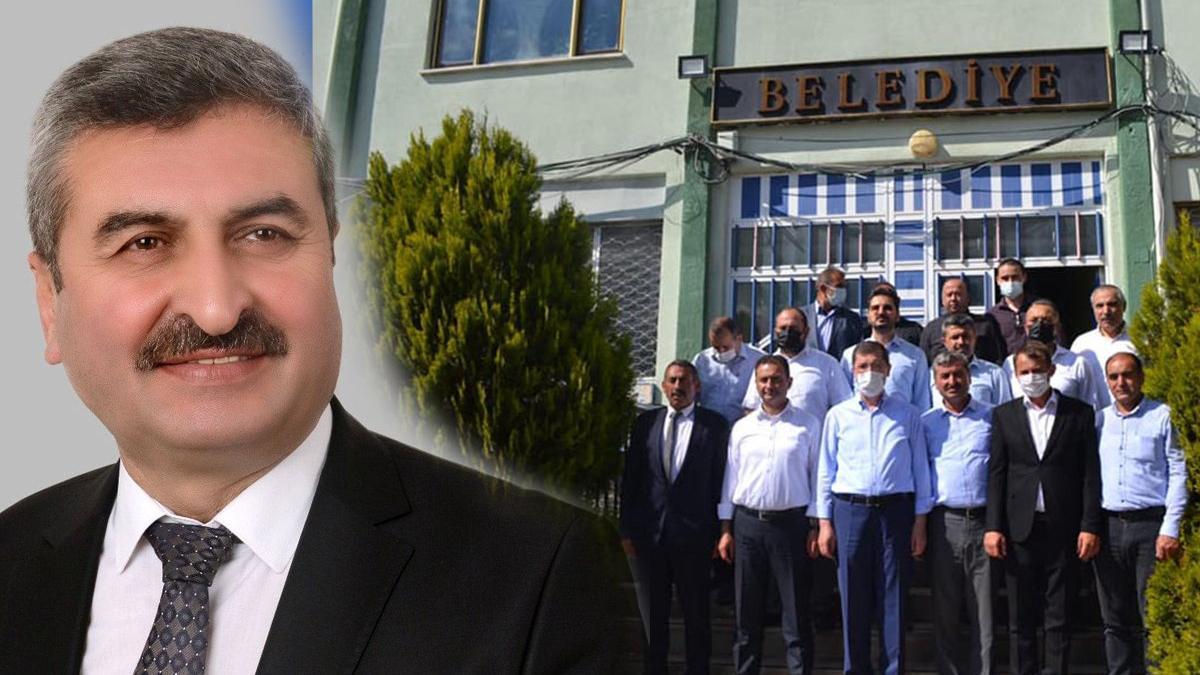 AKP'li Başkan, AKP heyetinin geleceğini bildiği halde belediyeyi açmadı