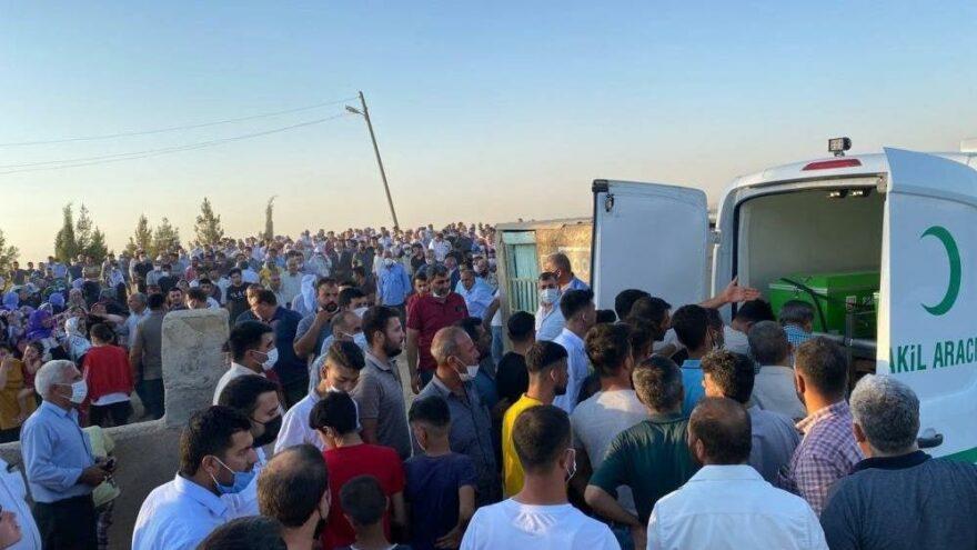 Sulama kavgasında ölen baba ve 2 oğlu yan yana defnedildi