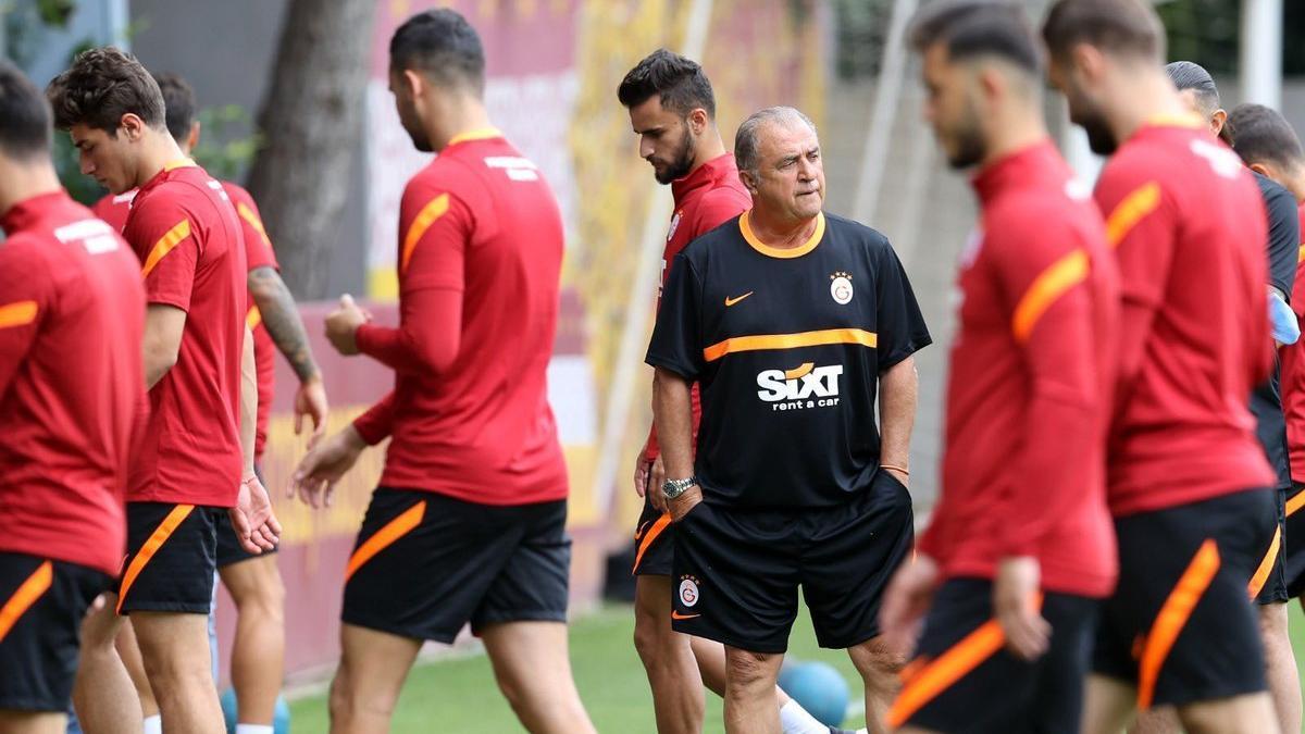 Galatasaray'da Fatih Terim yeniden takımın başında