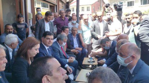 İYİ Partililer 700 dükkanın yıkılacağı projeye tepki gösterdi