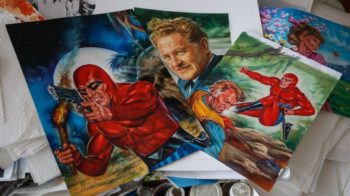 Kızıl Maske'yi artık koleksiyonerler için çiziyor