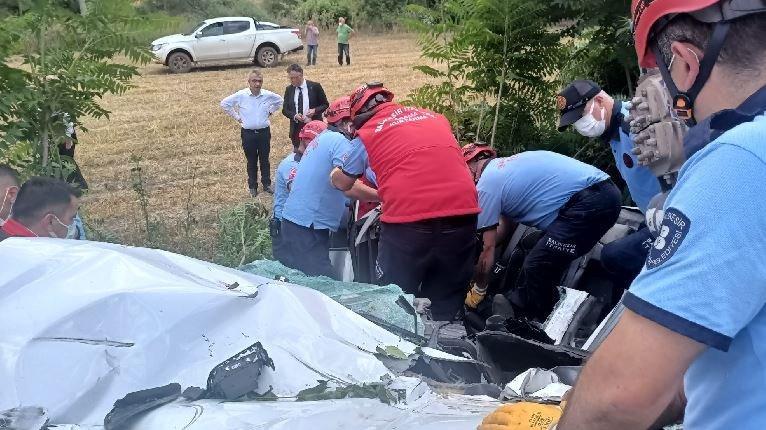 Balıkesir'de trafik kazası: 3 ölü