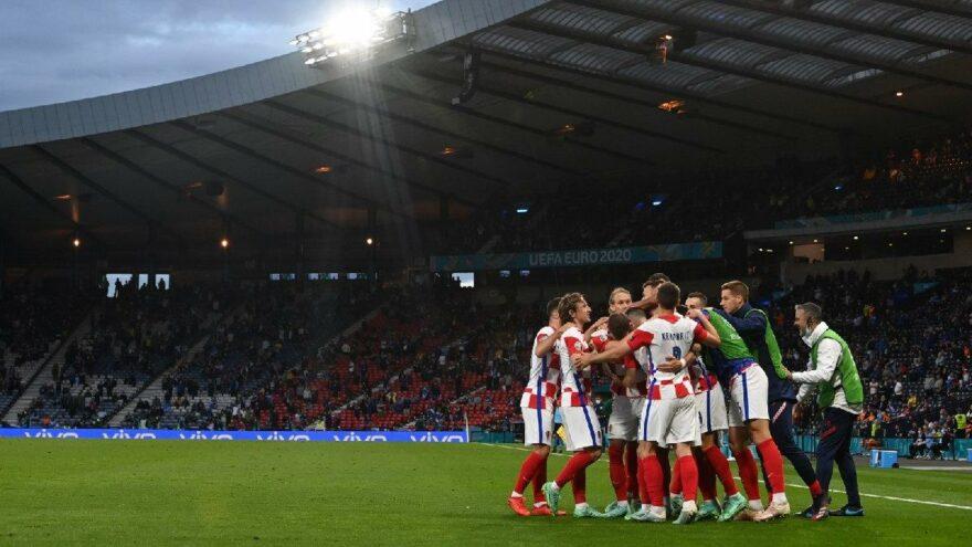 Hırvatistan 1 gol farkla turladı, İskoçya veda etti   EURO 2020 D Grubu