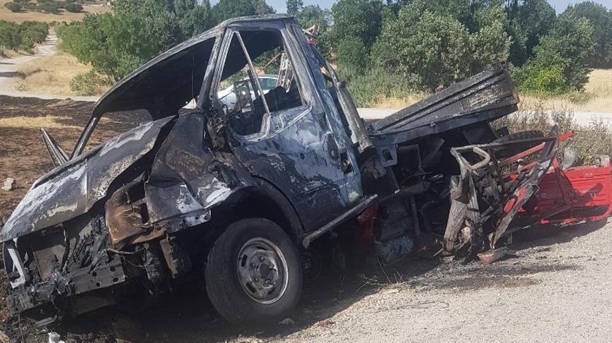 6 kişinin bulunduğu sepetli motosiklet ile kamyonet çarpıştı: 1 ölü, 7 yaralı