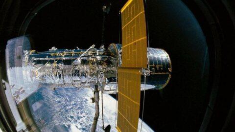 Arıza yaşayan uzay teleskobu Hubble, onarım girişimlerine yanıt vermiyor