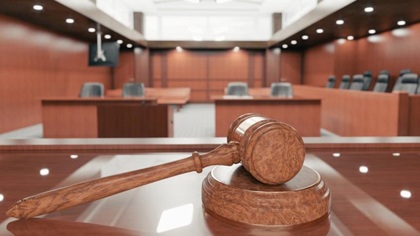 Otomobille kendisini sürükleyip darbeden kocası 3 ay ceza alınca affedilmesini istedi