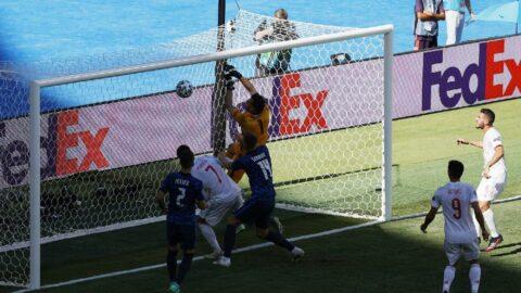 Martin Dubravka, kendi kalesine attığı golle EURO 2020 tarihine geçti