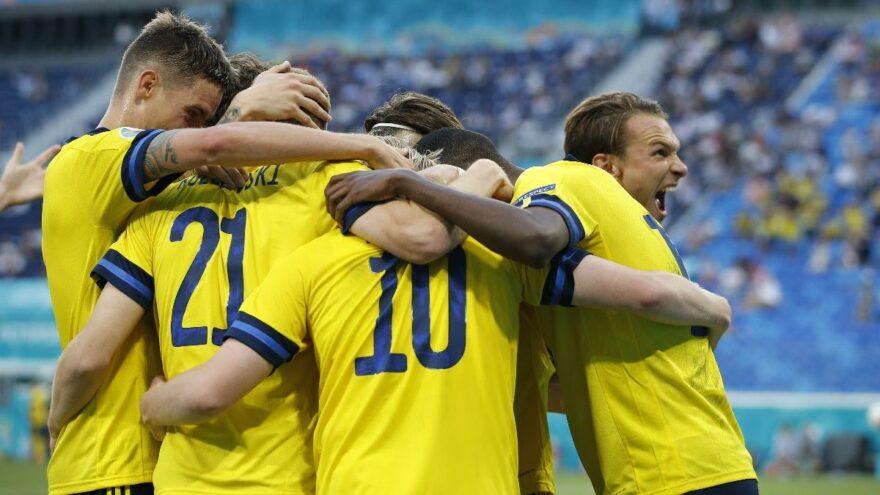 İsveç Polonya maçında gol düellosu! Uzatmada gelen liderlik