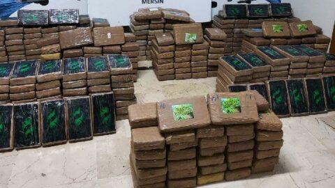 Yine o liman, yine muz gemisi: Yeni Rota'da bu kez 463 kilo kokain