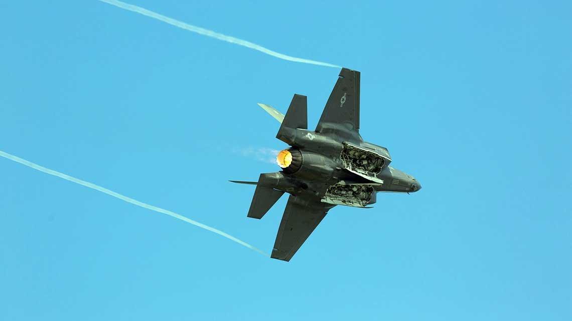 ABD senatosu F-35 savaş uçaklarının Yunanistan'a satışını onayladı