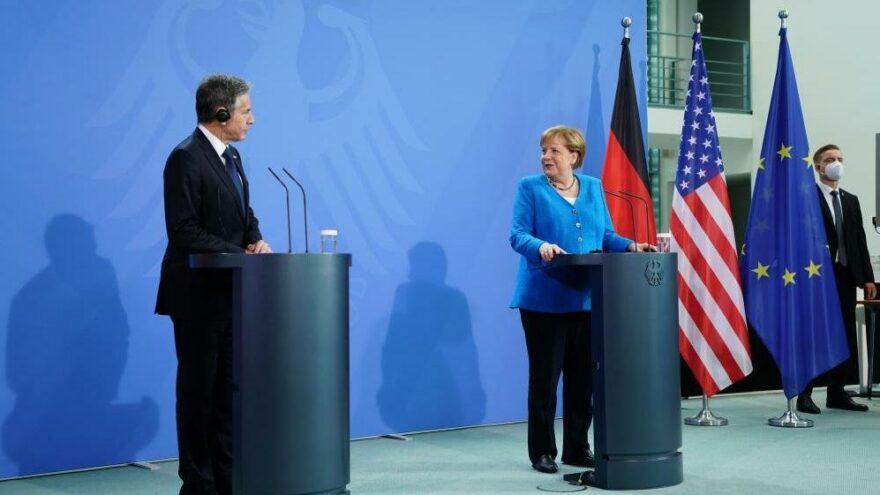 Merkel: Libya halkının geleceği hakkında karar vermeli