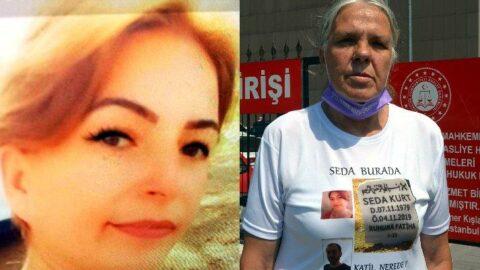 Öldürülen kızının mezar taşı fotoğraflı tişörtüyle duruşmaya geldi