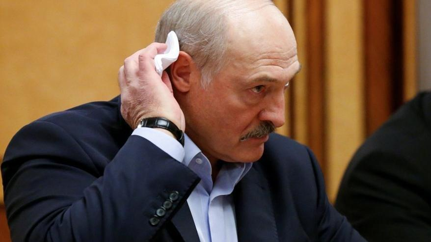 AB, Belarus'a ekonomik ambargoyu onayladı