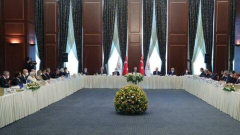 Cumhurbaşkanı Erdoğan, milletvekilleriyle bir araya geldi