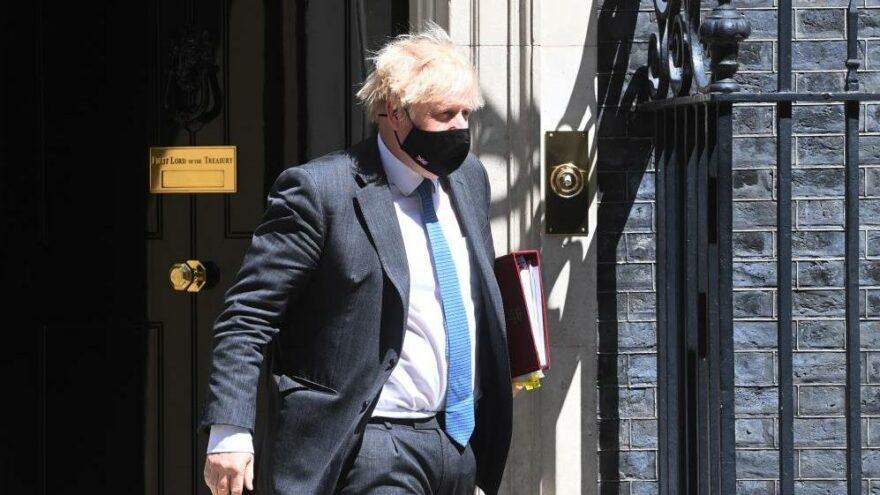 Johnson: Seyahat kuralları gevşetilebilir