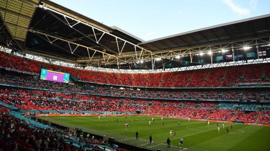 EURO 2020'nin yarı final ve final maçları için müjde! Wembley'de 60 bin kişi…