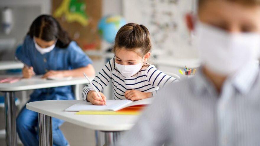 Delta varyantı çocuklar için de risk taşıyor